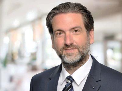 Porträt Dr. Sascha Arnautović